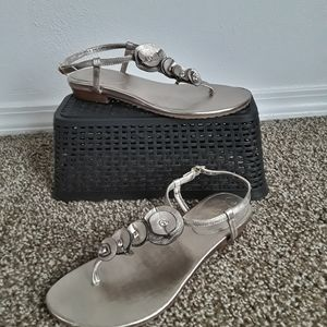 Cole Haan Nike Air Silver Floral T Strap Sandals